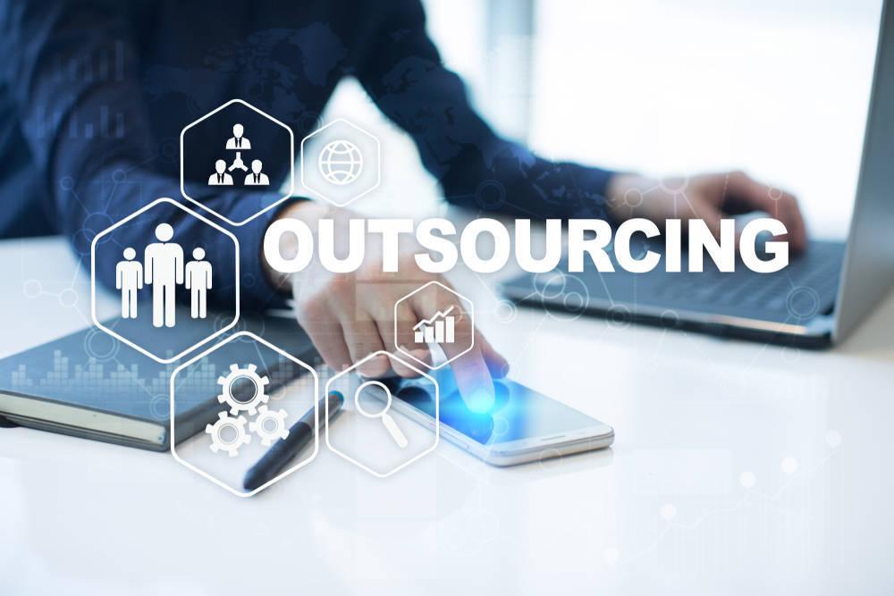 Cómo externalizar servicios de forma efectiva